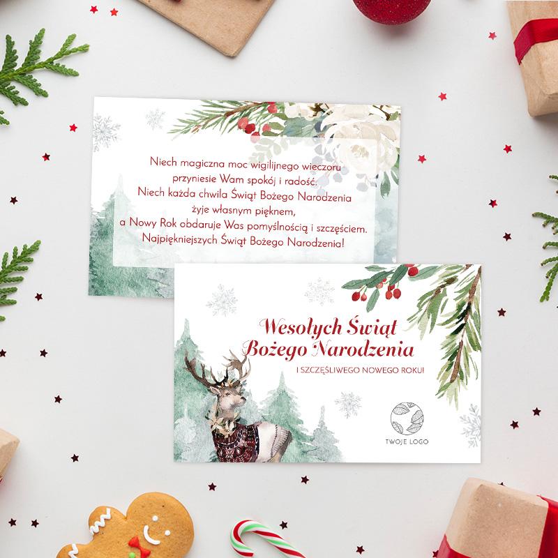 Bilecik dwustronny z życzeniami firmowymi od firmy z logo i świąteczną grafiką z zimowym lasem, reniferem oraz jarzębiną.