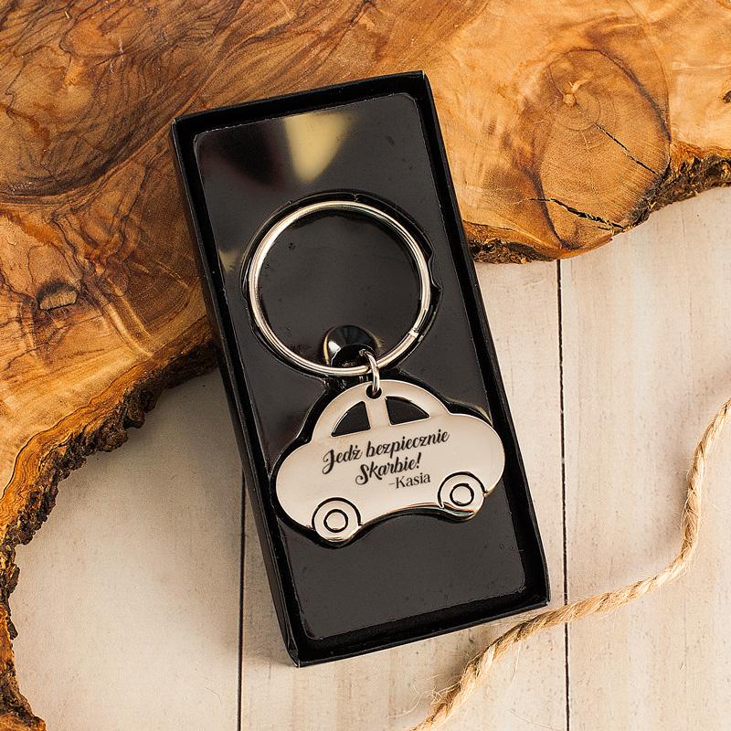 Brelok do kluczy z personalizacją. Idealny prezent dla bliskiej osoby.