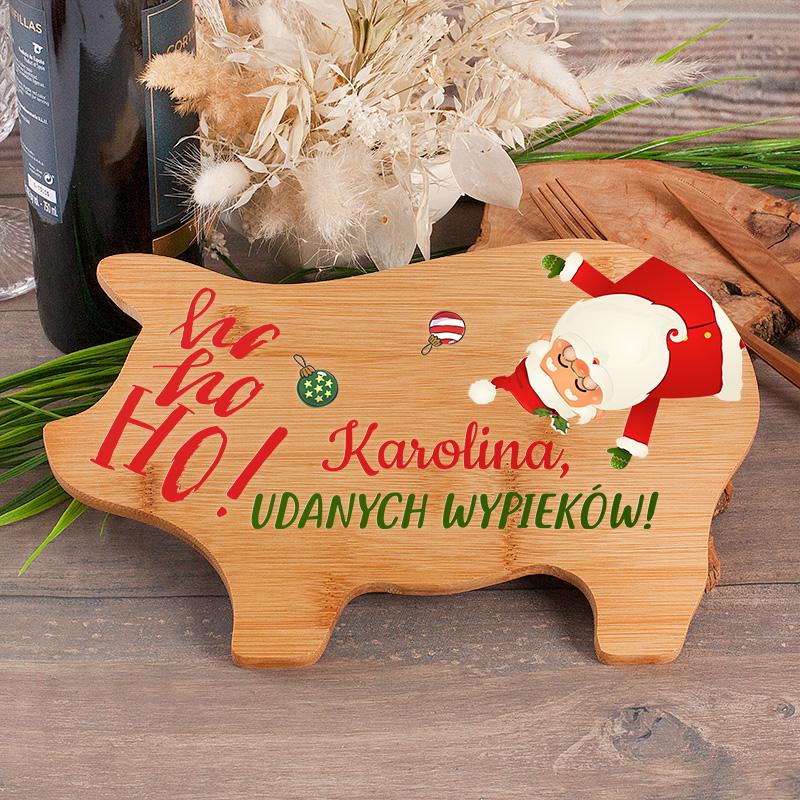 Deska do krojenia świnka z nadrukiem świątecznym z Mikołajem oraz personalizowanym napisem.