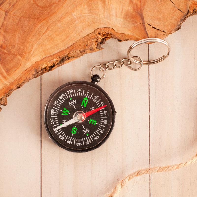 Zdjęcie w galerii - Brelok Do Kluczy z Kompasem Czarny Z Imieniem