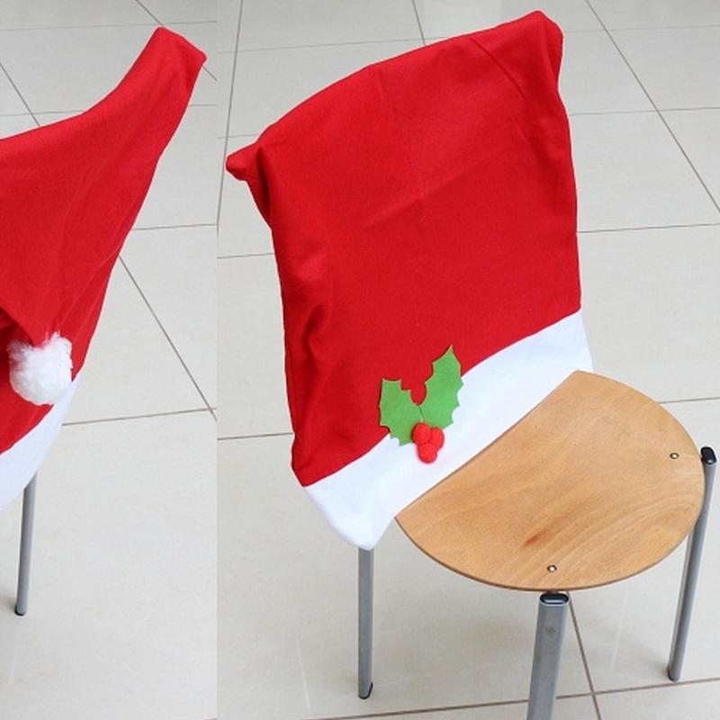 Zdjęcie w galerii - POKROWIEC na Krzesło Czapka Mikołaja Świąteczna DEKORACJA