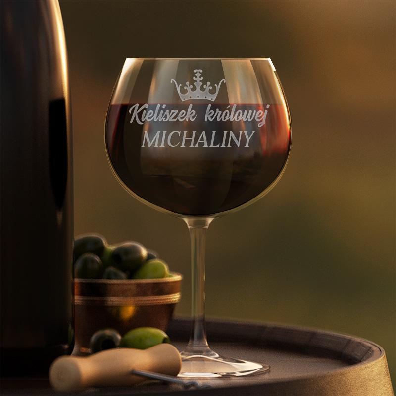 Szklany kieliszek do czerwonego wina z grawerem Kieliszek królowej + imię