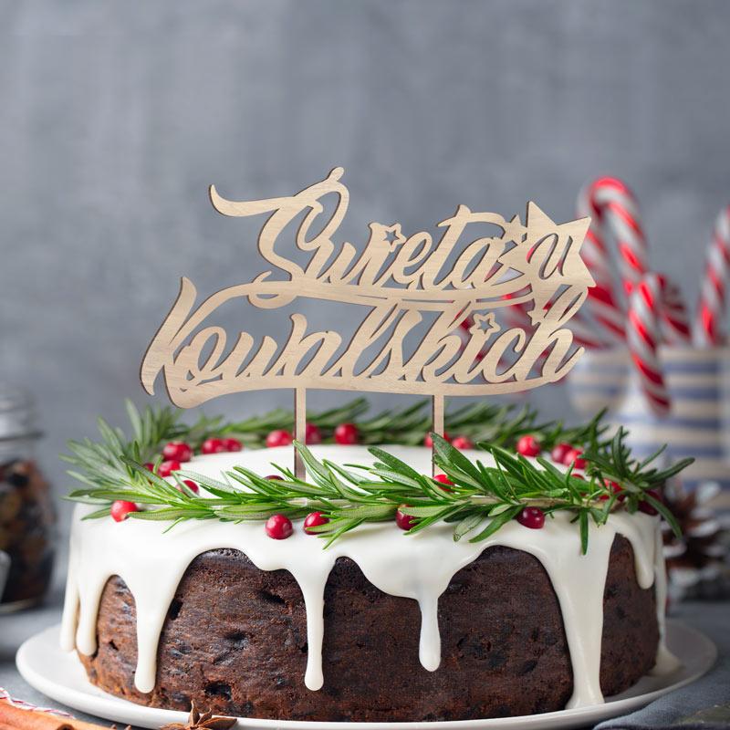 Personalizowany topper na ciasto z nazwiskiem rodziny. Dekoracja świąteczna n świąteczne wypieki.