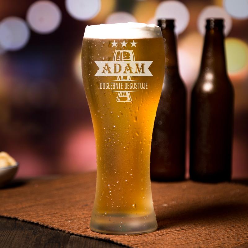 Personalizowany kufel do piwa z grawerem i imieniem.