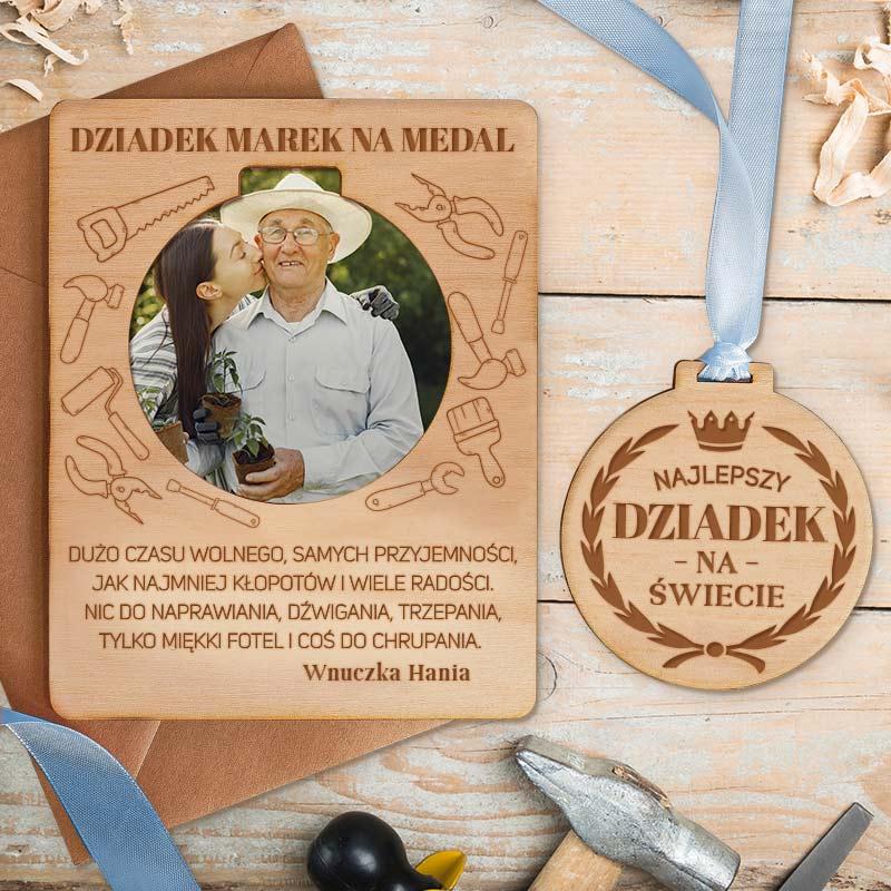 Zdjęcie w galerii - TABLICZKA drewniana z Medalem i Zdjęciem Prezent dla Dziadka