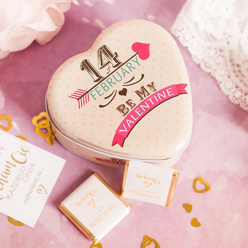 Zdjęcie w galerii - CZEKOLADKI Na Walentynki w Pudełku Prezent Dla Ukochanej Osoby