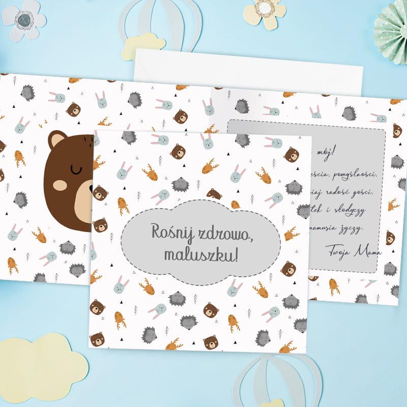 Kartka na urodziny dla dziecka do samodzielnego wypisania z motywem graficznym zwierzątek, w komplecie z białą kopertą.