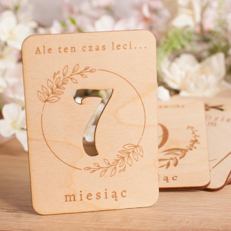 Zdjęcie w galerii - TABLICZKI drewniane do Zdjęć Dla Przyszłej Mamy Dziennik Ciąży 20szt