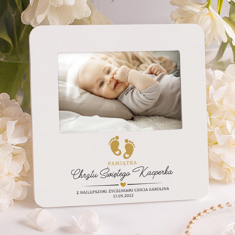 Personalizowana ramka na pamiątkę dla maluszka. Ciekawy prezent na Chrzciny dla chłopca i dziewczynki.