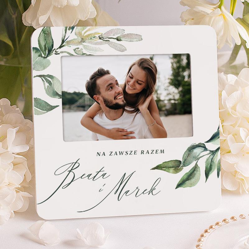 Ramka na zdjęcie ze zdobieniem w listki i dedykacją na zawsze razem, z imionami pary. Prezent dla zakochanych