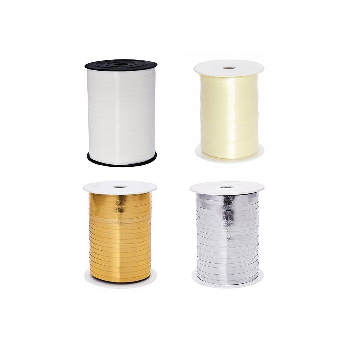 plastikowa wstążka dostępna w 4 kolorach: białym i kremowym oraz złotym i srebrnym