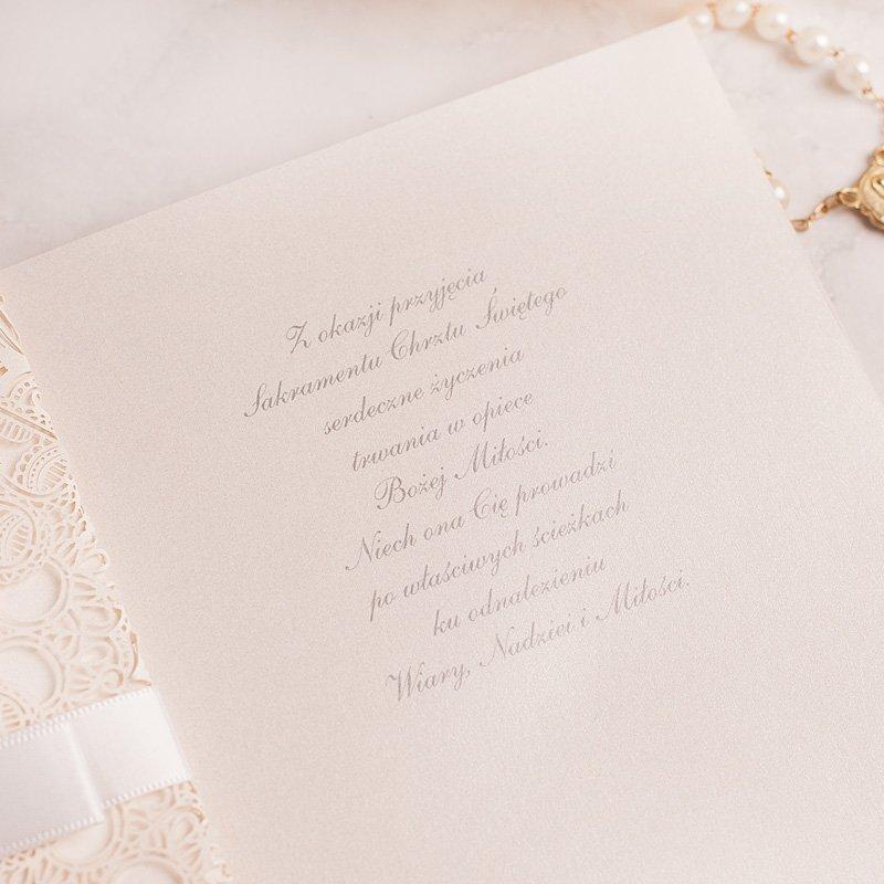 Zdjęcie w galerii - KARTKA ażurowa z życzeniami na Chrzest Święty