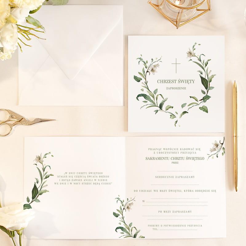 Efektowne zaproszenia na Chrzciny w otwieranej formie. Udekorowane modną grafiką z pięknym roślinnym motywem.