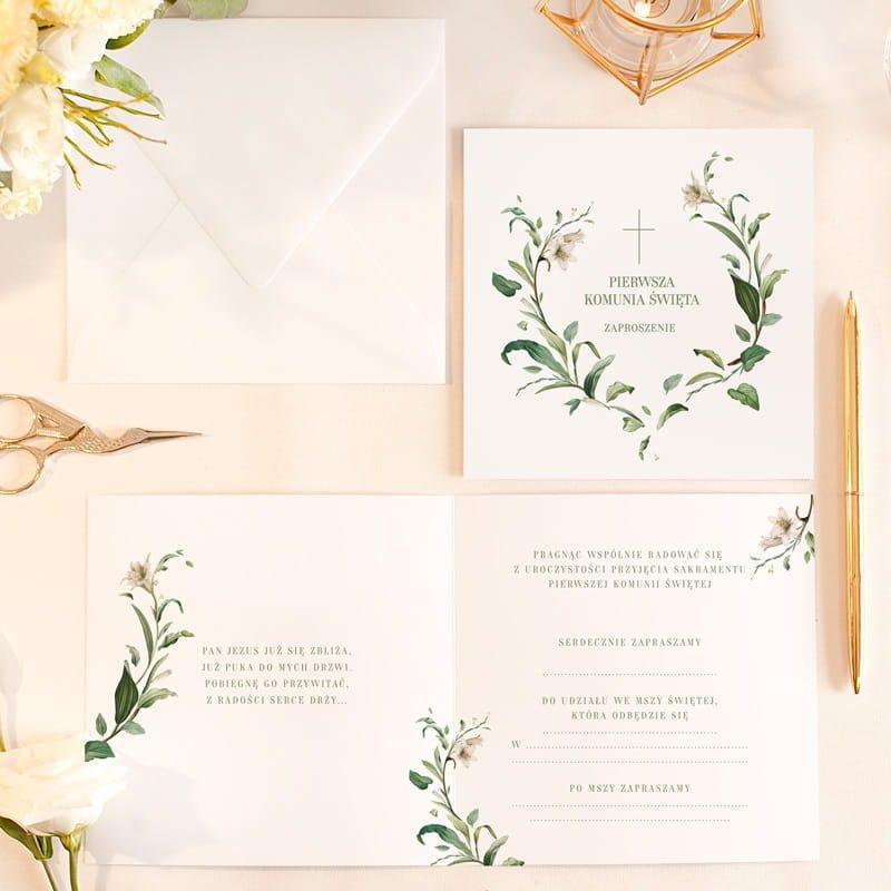 Zaproszenia komunijne uniwersalne w białym kolorze, z pięknym wzorem graficznym. Idealny sposób, aby zaprosić gości na uroczystość.