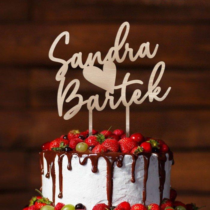 Zdjęcie w galerii - TOPPER dekoracyjny na tort imiona Pary Młodej z serduszkiem