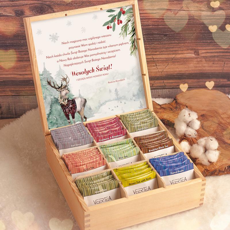 Skrzyneczka z herbatami na Święta zawiera różne smaki herbat.